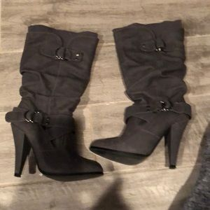 Shoes - Gently used heeled grey boots